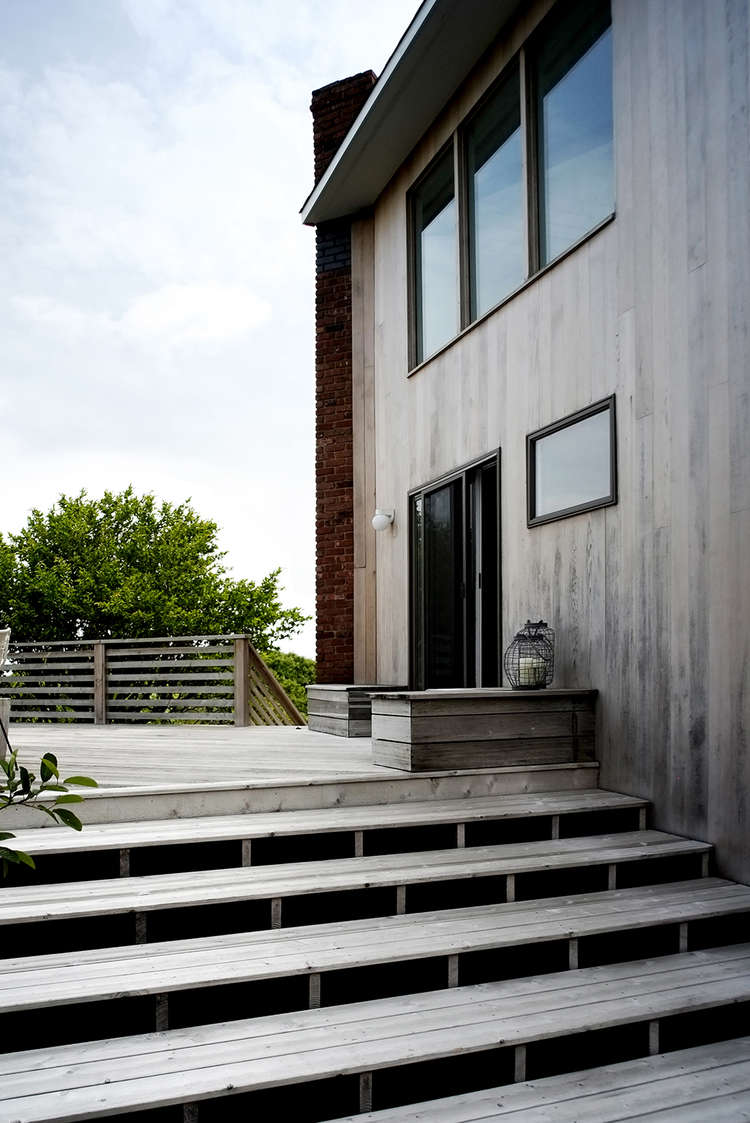 Modern Beach House by Space Exploration | Remodelista