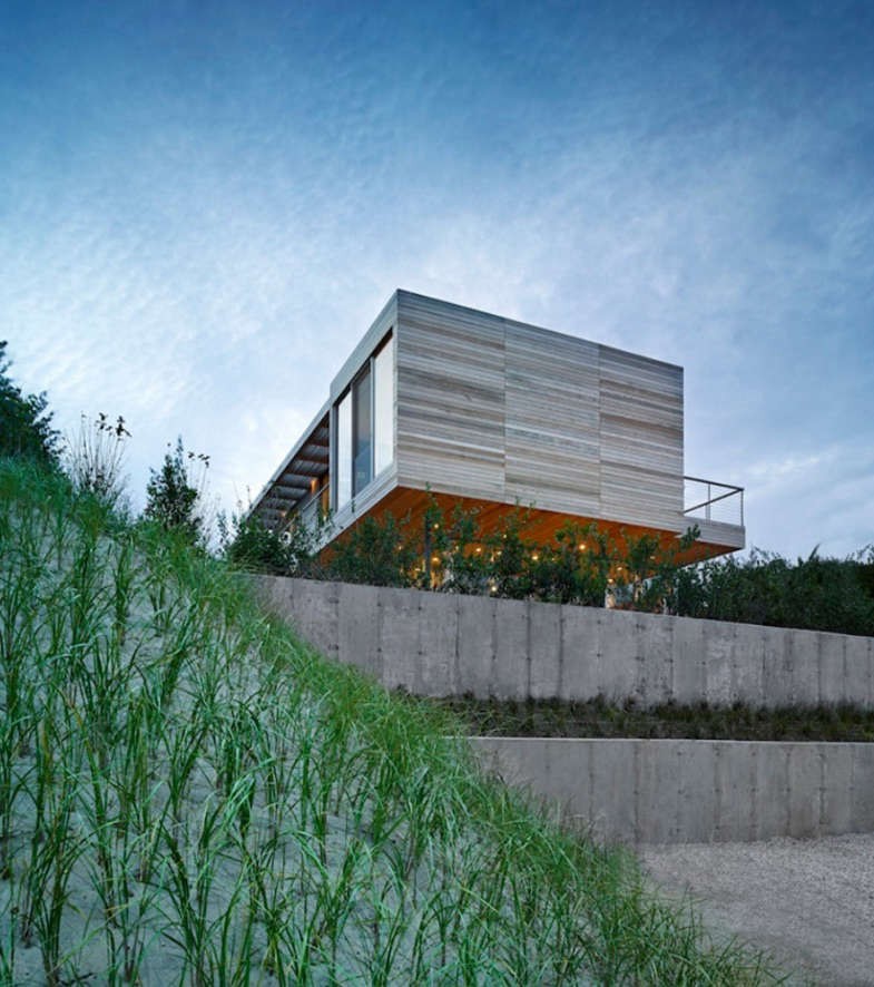 Modern Beach House by Stelle Lomont Rouhani | Remodelista