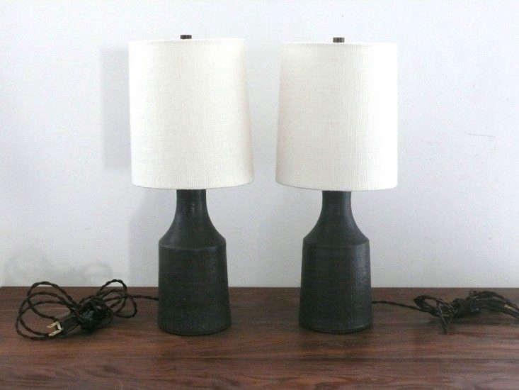 victoria-morris-small-black-accent-lamp-remodelista-733x550
