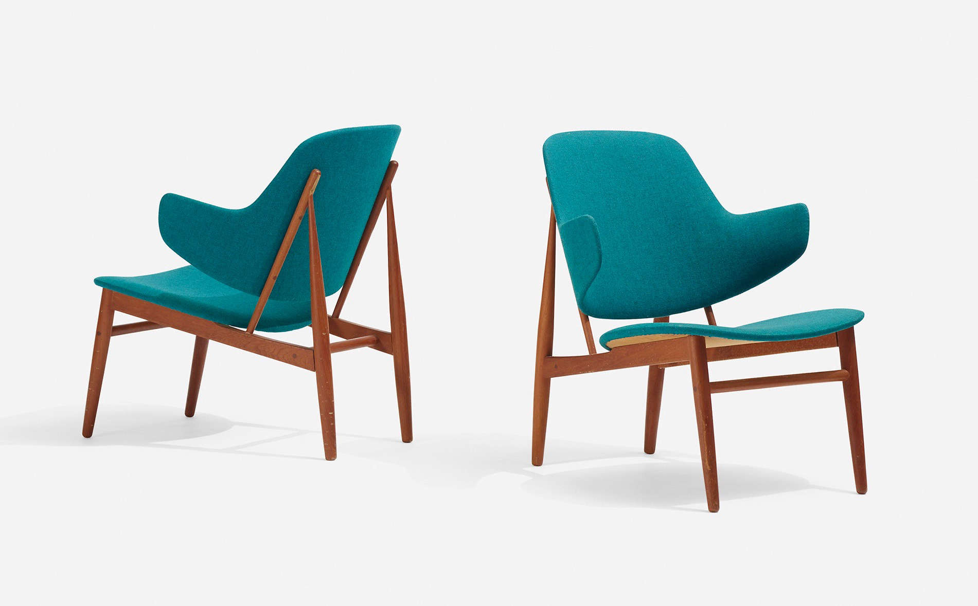 Ib Kofod-Larsen lounge chairs at Wright Now, Chicago | Remodelista