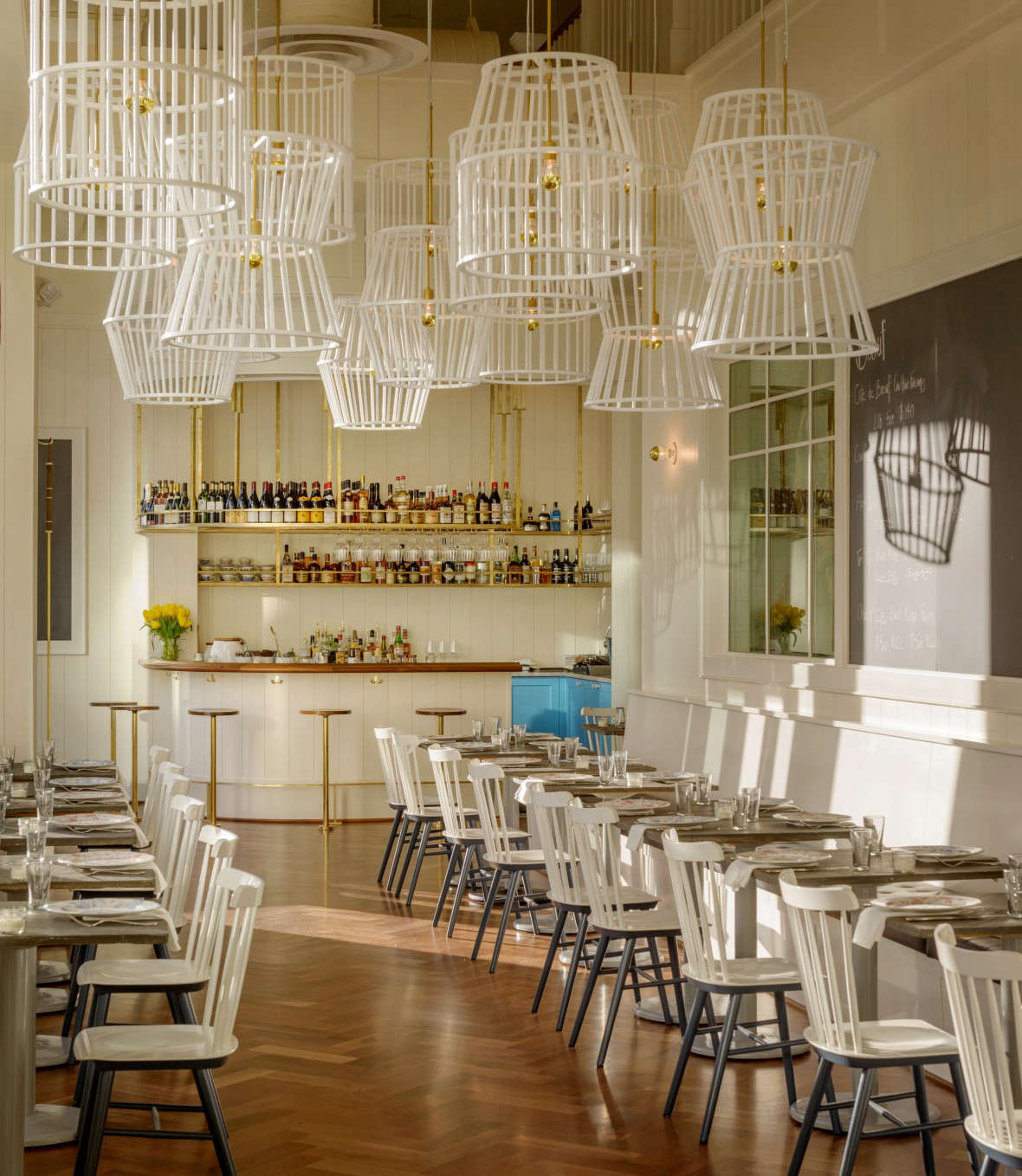 Bateau is Erickson's take on a steakhouse and a reimagining of Boat Street Cafe. It servesmeat that has been raised, butchered, aged, and cooked in-house, between the Bateau kitchen and Erickson&#8