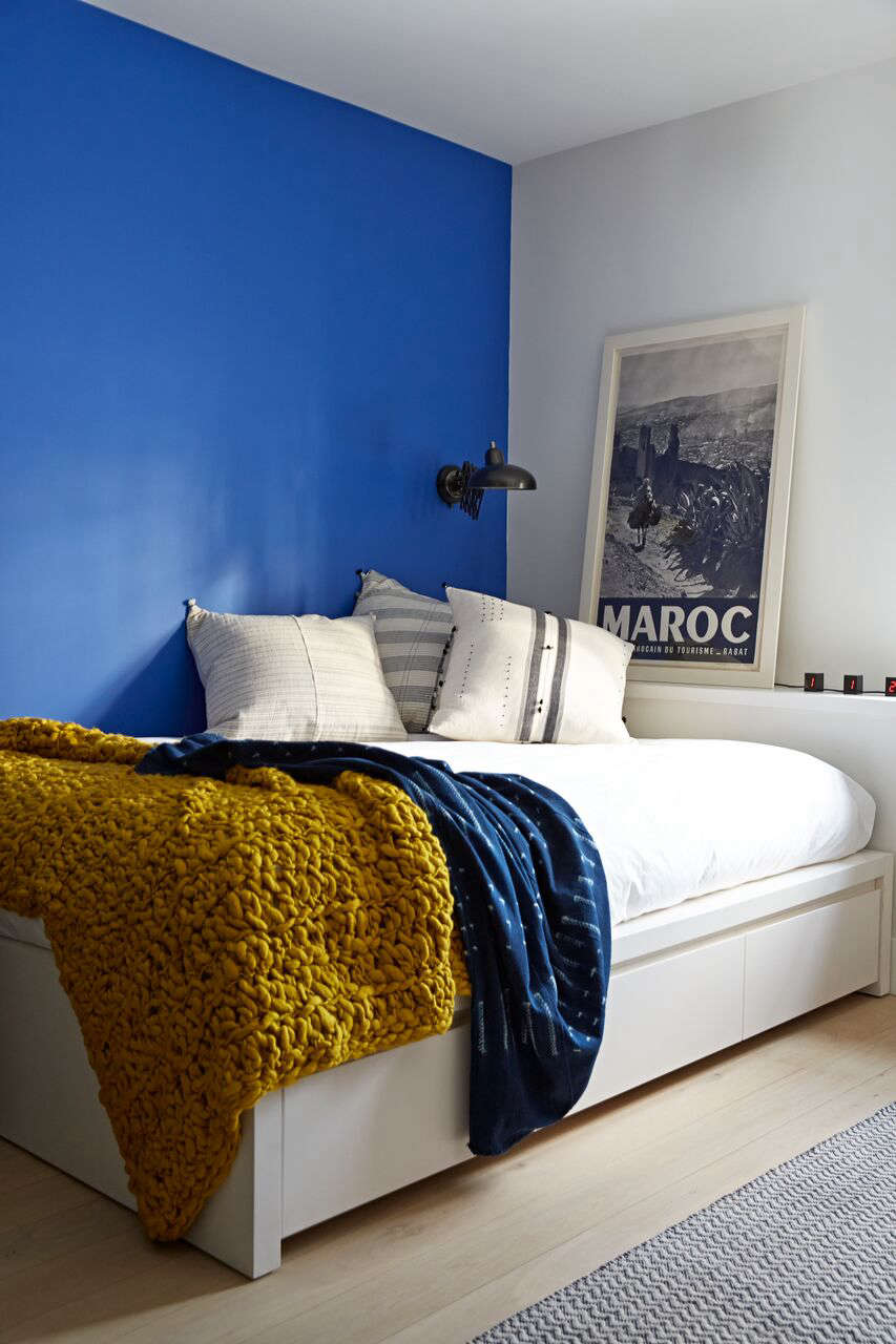 Blue and gold guest room by BarlisWedlick at Fox Hall | Remodelista