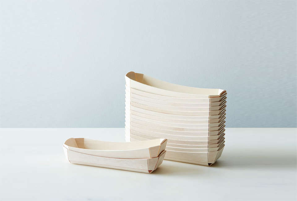 Compostable Wooden Hot Dog Trays from Food5