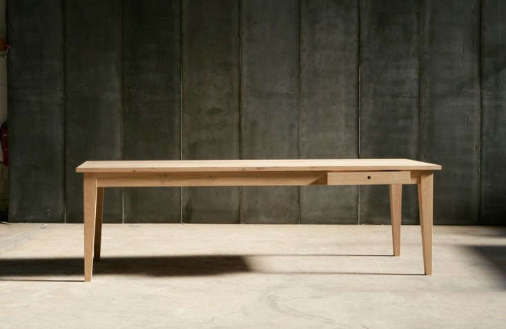 the solid oak, \100 centimeter wide (39 inch wide)farmer table is from belgia 15