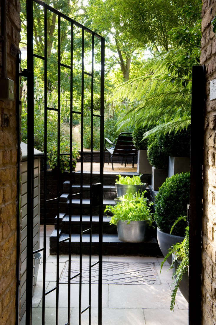 gardenista chris moss black green garden stairs 9
