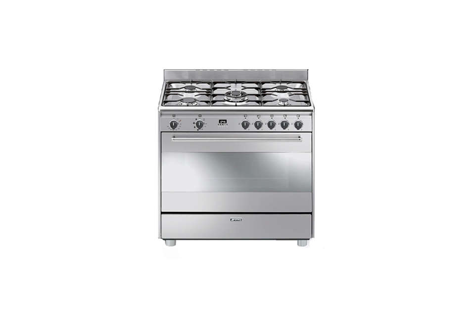 the smeg 36 inch freestanding dual fuel range with five sealed burners and a 4. 18