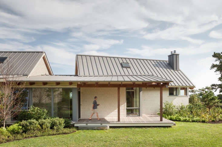 whitten architects designed a camplike house in scarborough, maine, for a you 15
