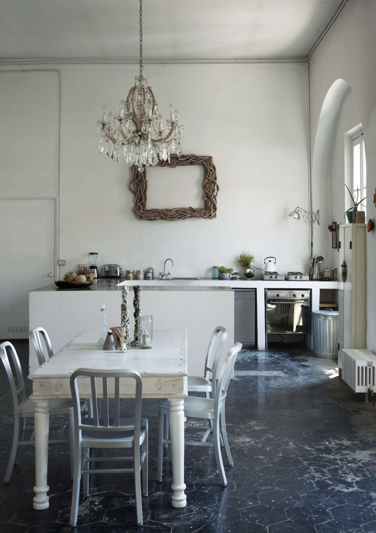 A RomanticIndustrial Milan Loft for a Bohemian Design Duo Bsbee Milan Loft Remodelista 31
