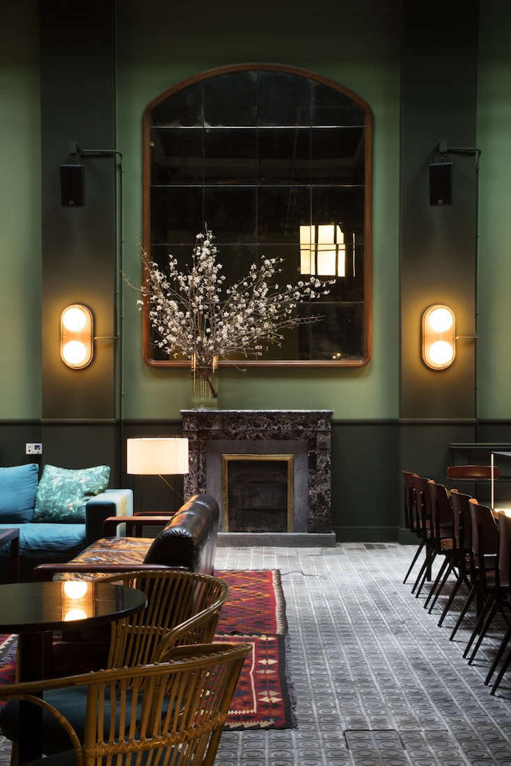 libertine, the hotel&#8\2\17;s bar and lounge area, is painted in two shade 11
