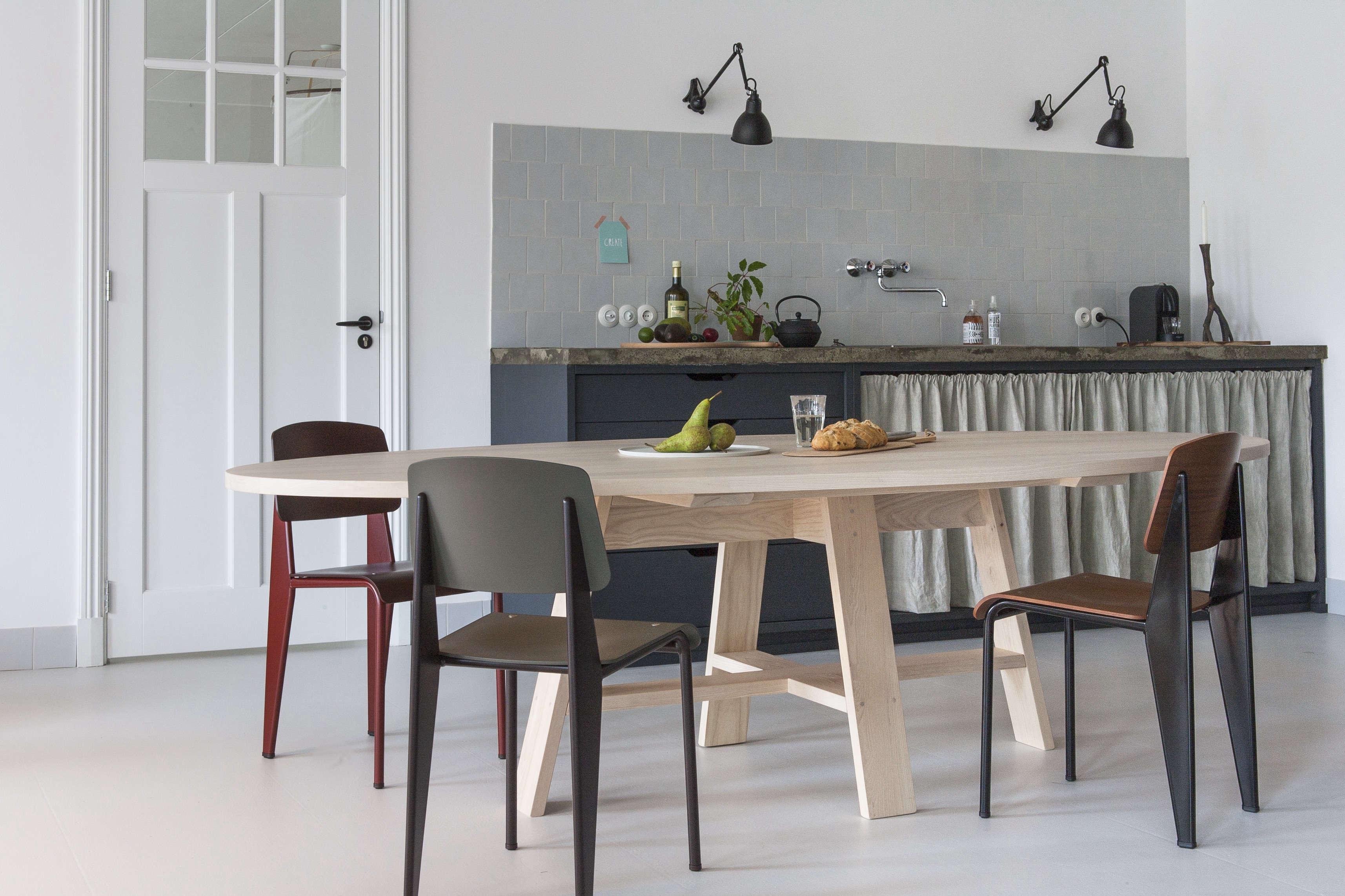 Christen-Starkenburg-Jan-de-Jong-Slow-Wood-kitchen-Netherlands-Anna-de-Leeuw-photo-Remodelista-1