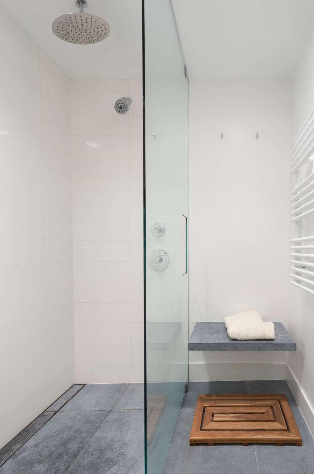 Delson-or-Sherman-Bath-Remodelista-1