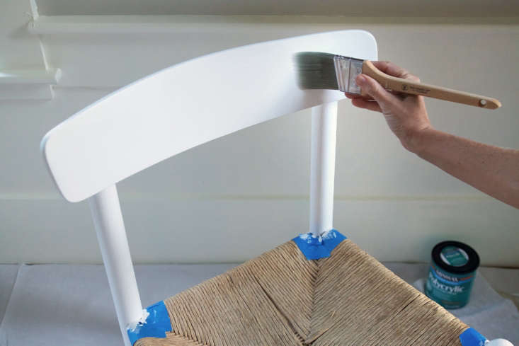 Remodelista Greatest Hits 2020 10 Things Nobody Tells You About Painting Furniture See Justine&#8\2\17;s fool proof steps to painting furniture (like these found chairs) inRehab Diary: How to Paint Furniture Like an Expert. Photograph by Justine Hand for Remodelista.