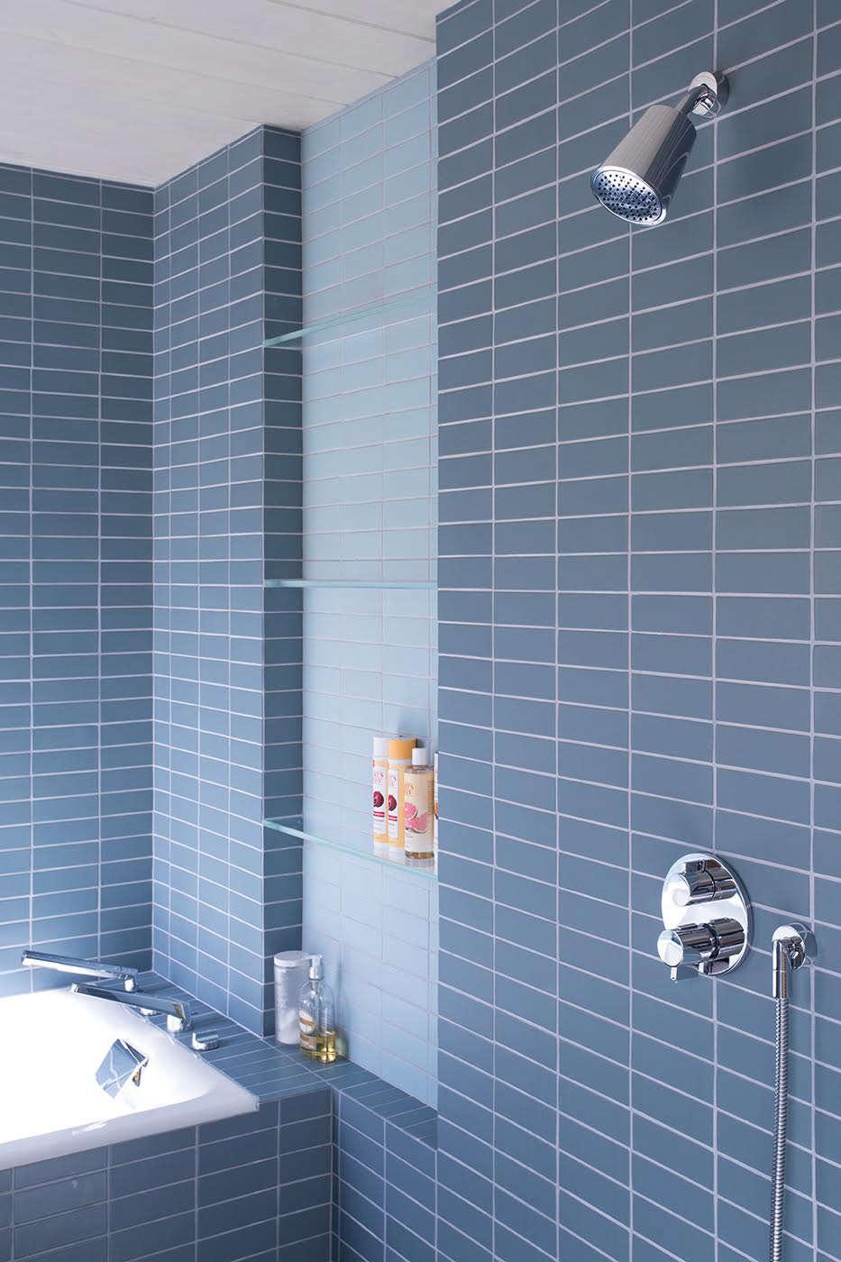 Klopf-Architecture-Blue-Tile-White-Grout-Remodelista-1