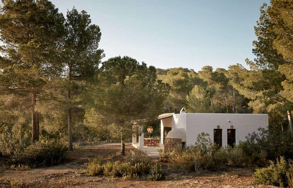 The farmhouse at La Granja Ibiza, a Design Hotels retreat on a 16th century finca | Remodelista