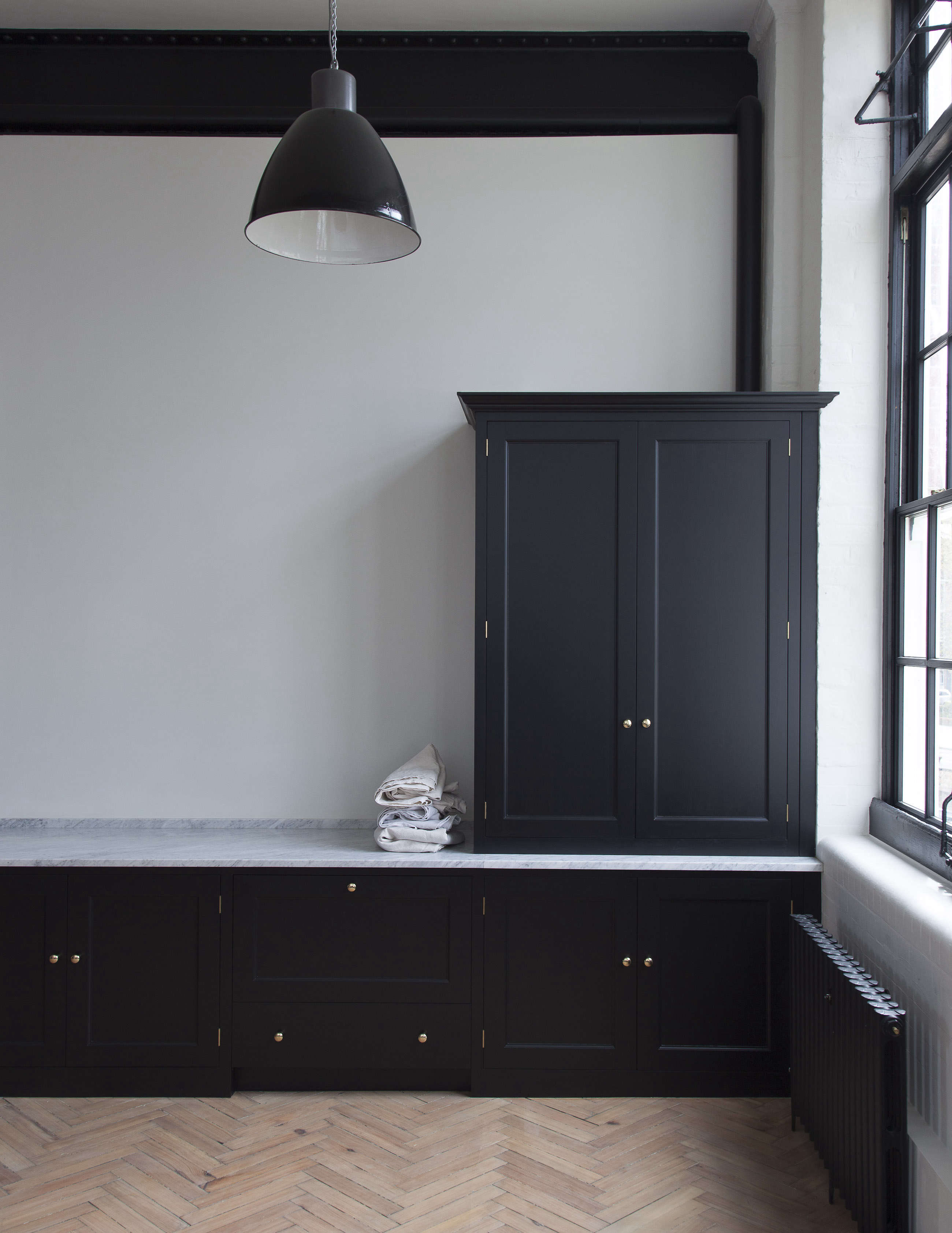 now available in the us: uk design company plain english's kitchens | remodelis 11