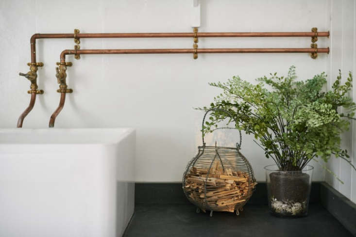Photograph fromSteal This Look: A Vintage Bath in England with a DIY Faucet.