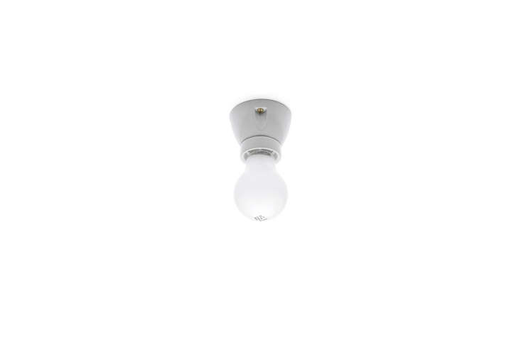 theporcelain ceiling light from thomas hoof is€\29 (\$3\1). 9