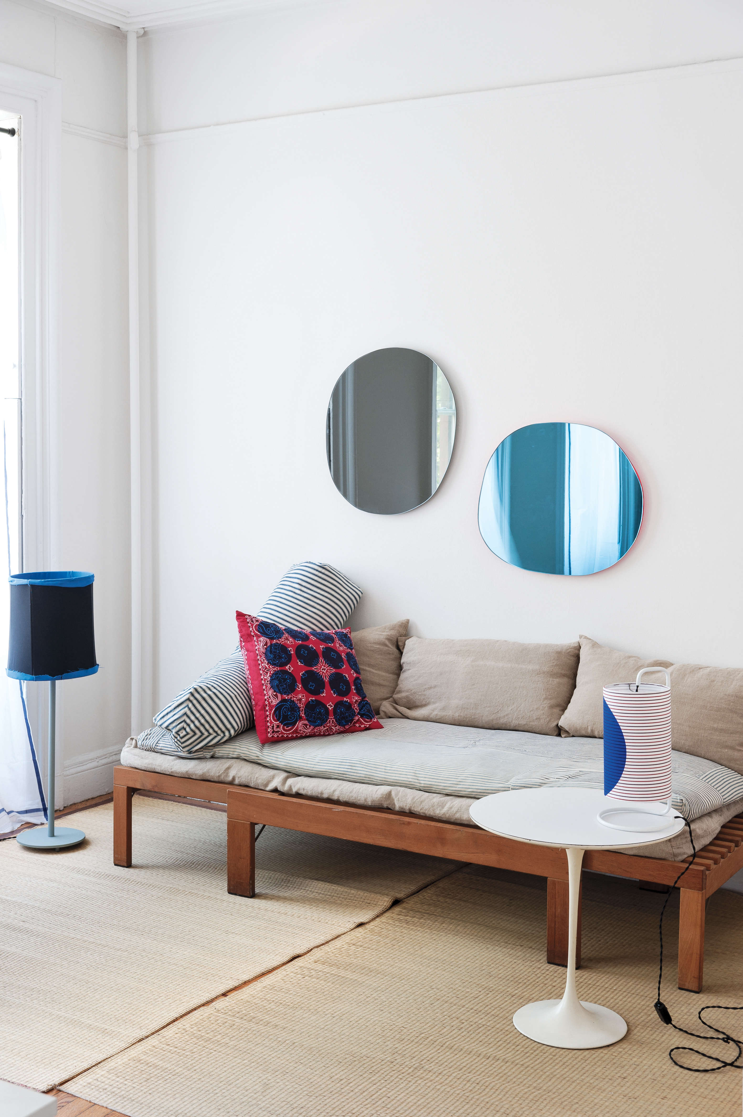 designer corinne gilbert uses low slung pieces to create an open feel in her li 10