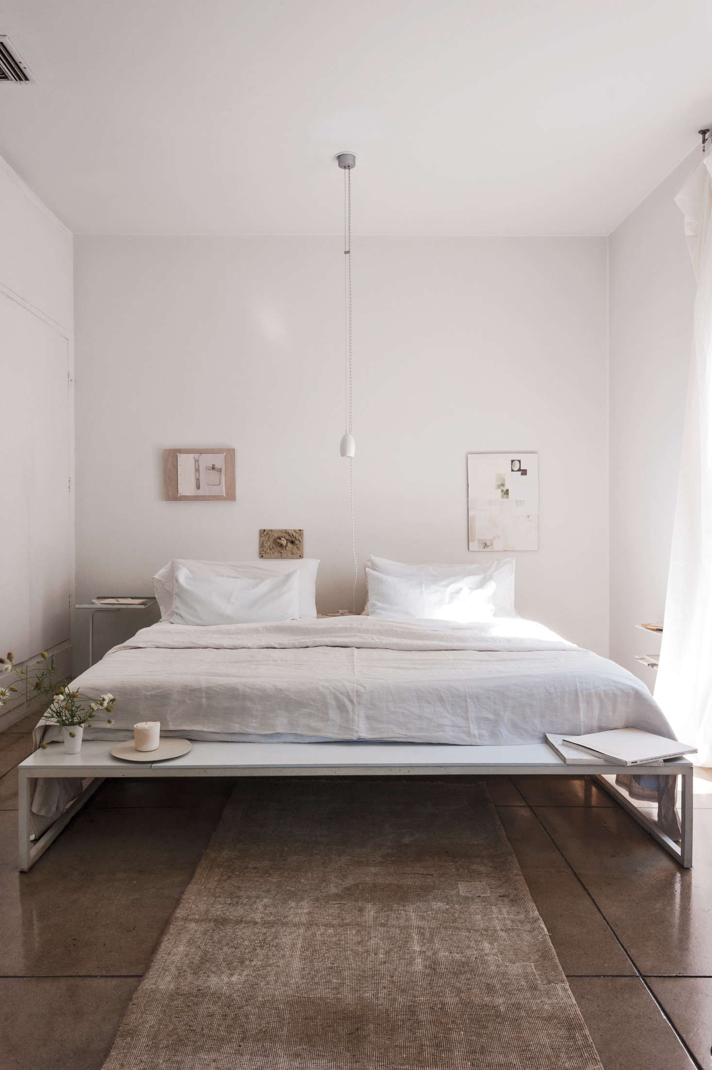 Expert Advice How To Make A Small Bedroom Look Bigger