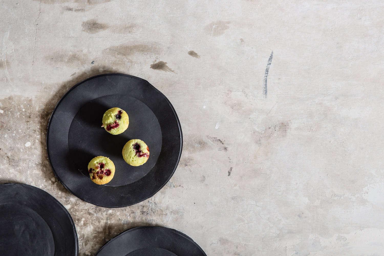 black dinnerware from 1220 ceramics studio on etsy 14