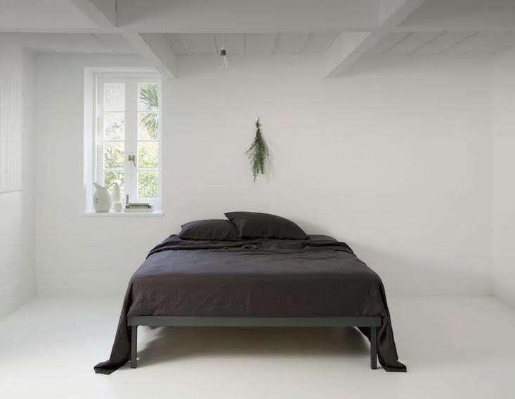 father-rabbit-linen-sheets-remodelista copy