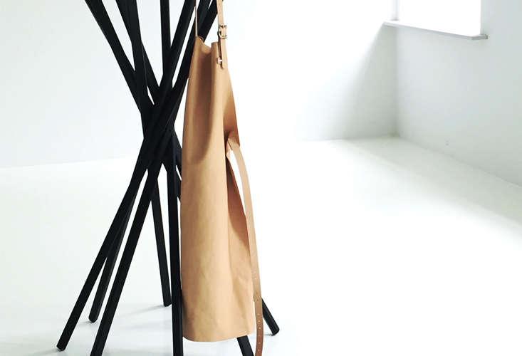 mo denmark leather bib apron 9