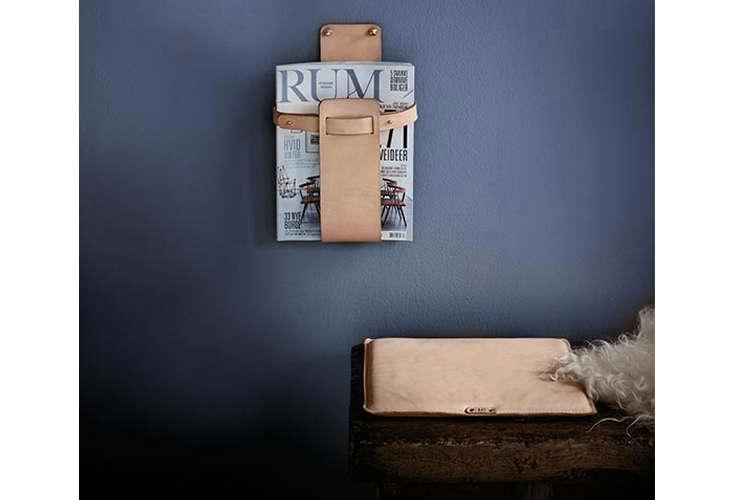 mo denmark magazine holder in leather 14
