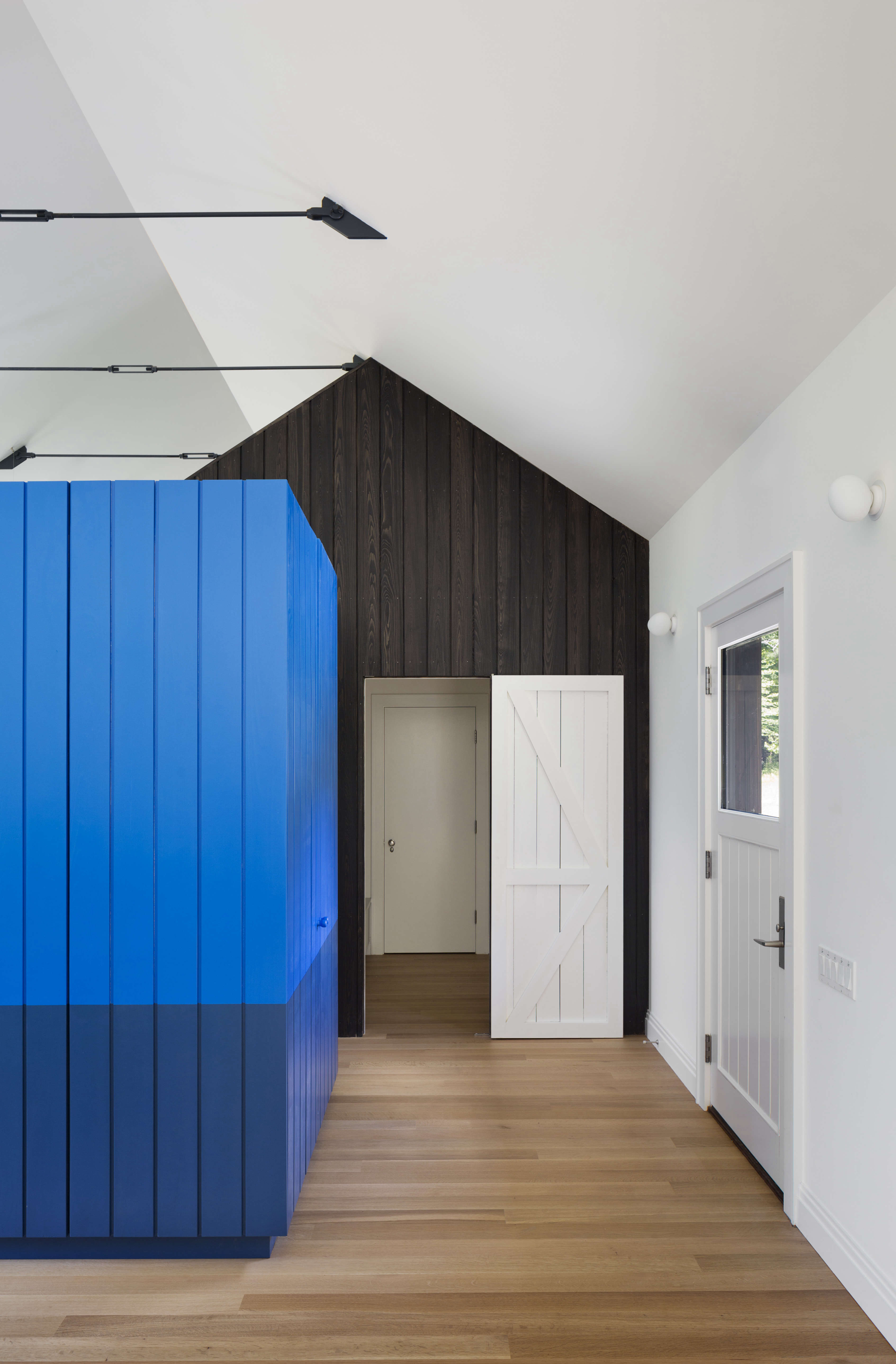 undermountain, a barn style house in the berkshires by o'neill rose architects 14