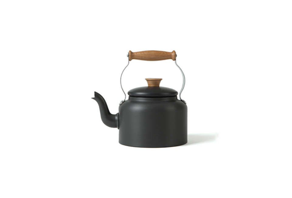 another country traditional tea kettle 9
