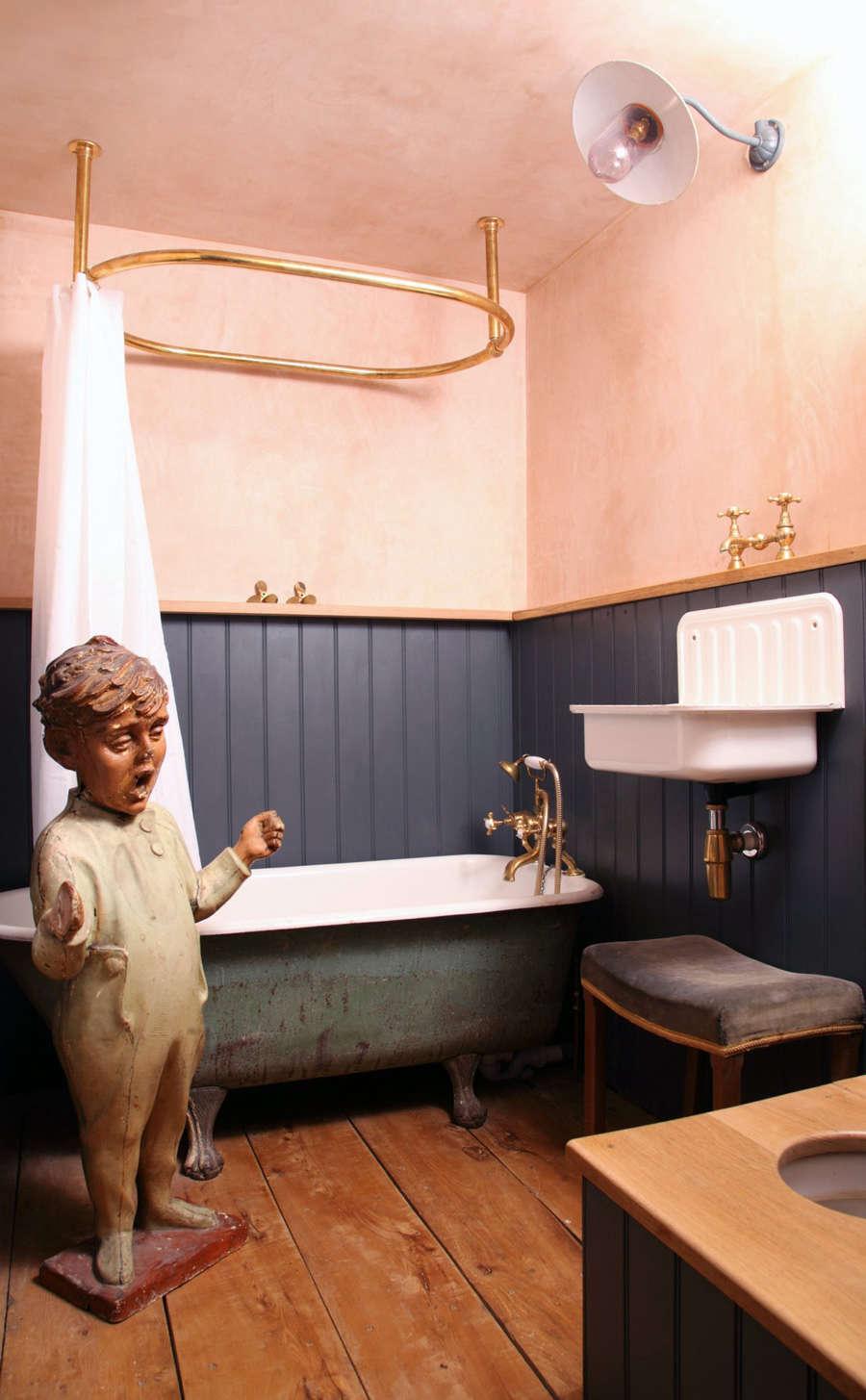 berdoulat bathroom london pink walls 10