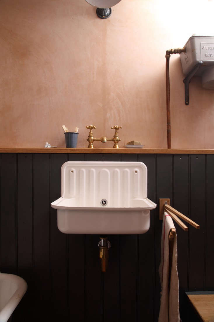 berdoulat bathroom with alape sink 9