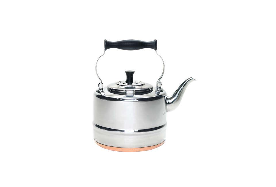 bonjour 2 quart tea kettle in stainless steel 10