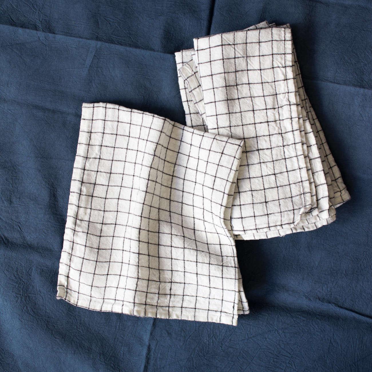 cotton grid napkins white blue 14