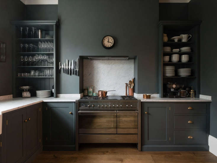 Trend Alert 10 Favorite TimeTested Dark Green Kitchens A dark green kitchen in London with cabinets from theReal Shaker Kitchen line from UK cabinetmaker deVol. See more Shaker style cabinets inRemodeling \10\1: Shaker Style Kitchen Cabinets. Photograph courtesy of deVol.