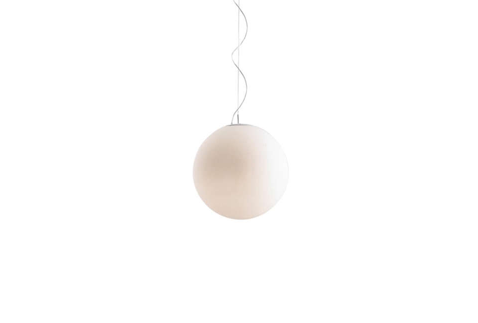 lumens grupo b. lux globe pendant 11