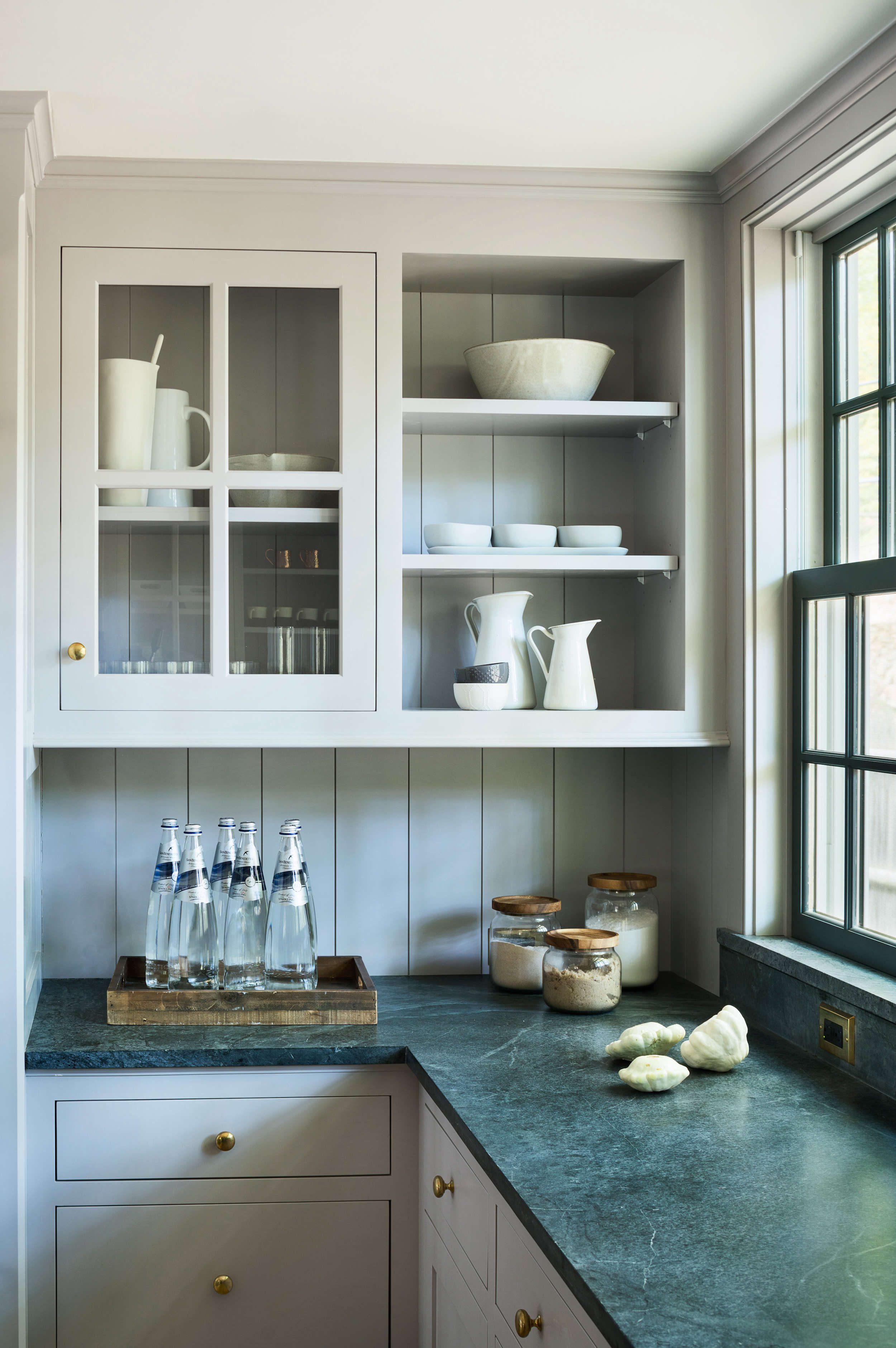 modern-farmhouse-kitchen-renovation-light-gray-cabinets-with-open-shelf-glass-front
