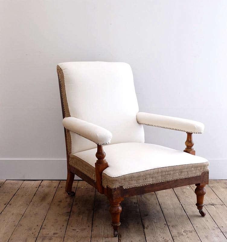 puckhaber-english-open-armchair
