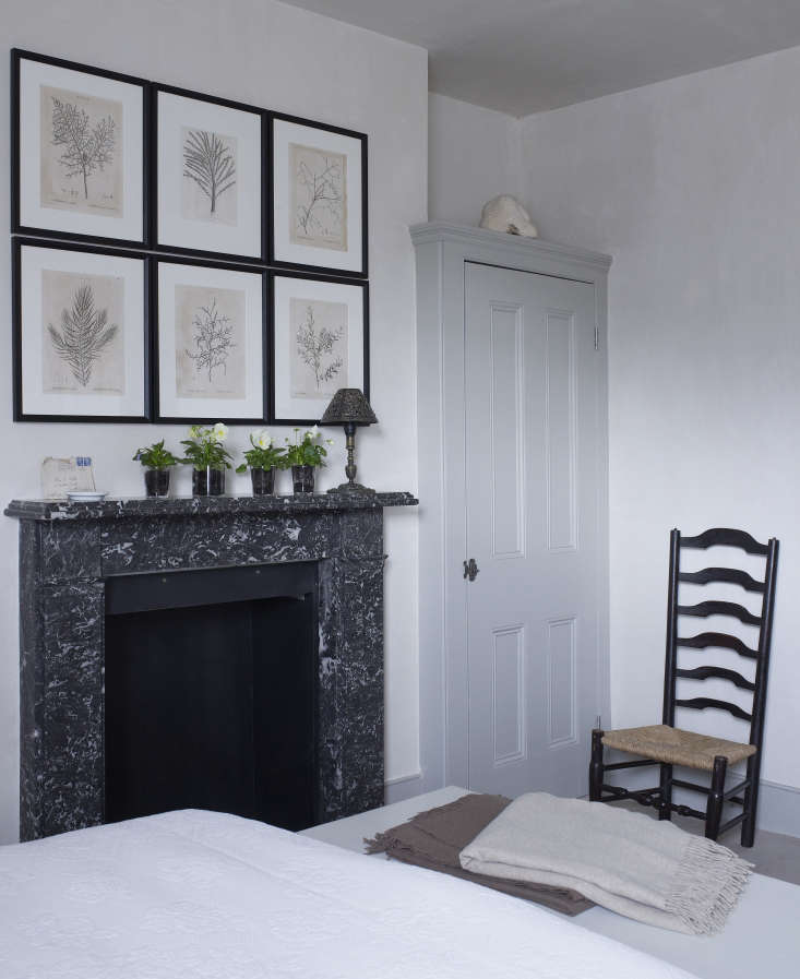 Expert Advice Thoughts on Designing from Nature with Spencer Fung The guest bed in Fung and Roviras&#8\2\17; London home. Photograph by Richard Powers.