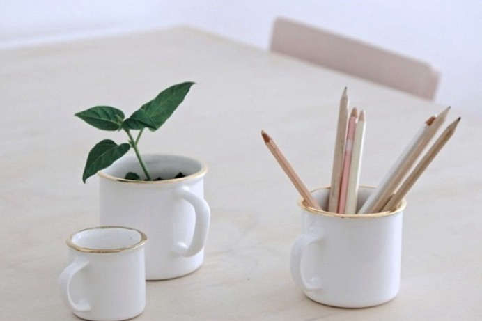 minka-ceramics-gold-trim-cups