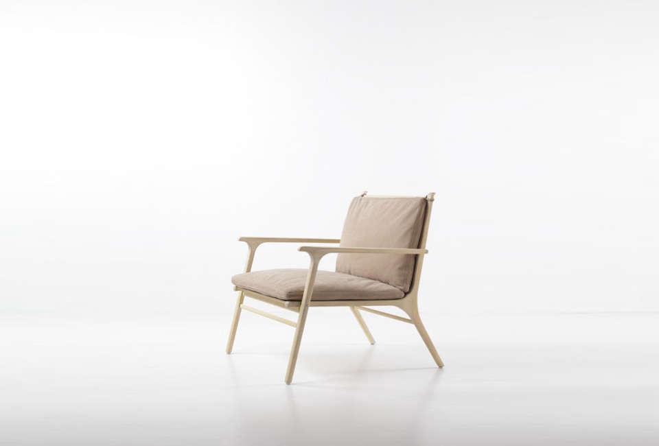 space copenhagen ren lounge chair in natural 15