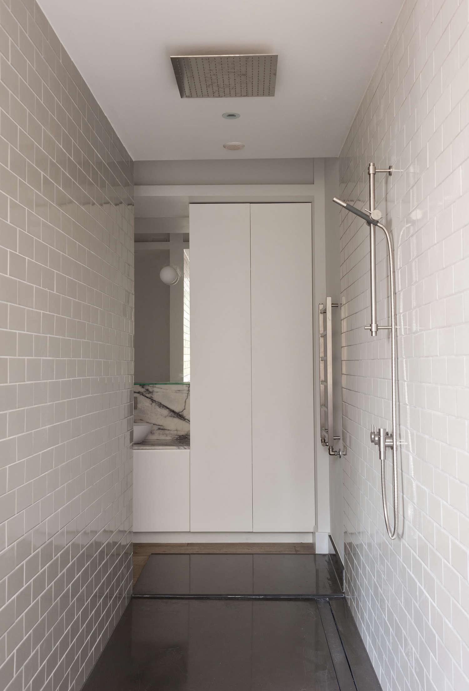 walk through shower with light gray subway ceramic tile 13