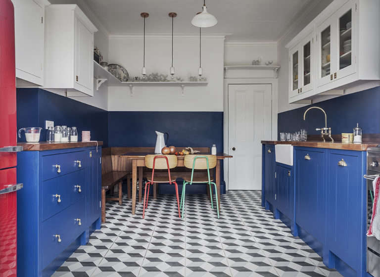 Steal This Look A CostConscious Retro Kitchen in London British Standard DIY London Kitchen