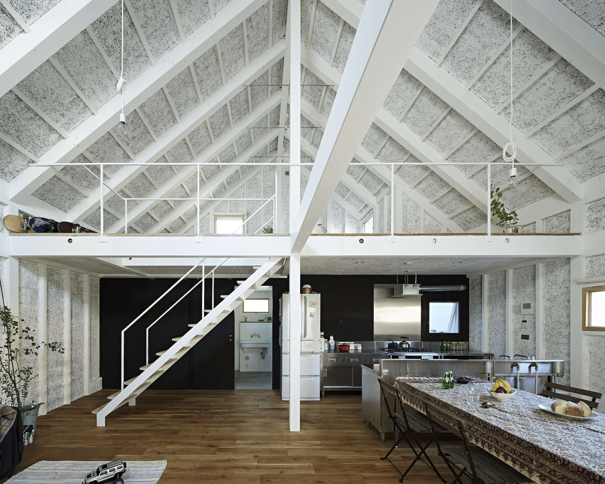 sabi, a surfers' house in chiba, japan, designed by no. 555 architects. the tex 10