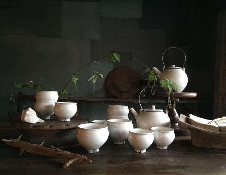 japanese white glazed ceramic tea set at stardust, kana shimizu's boutique and  11