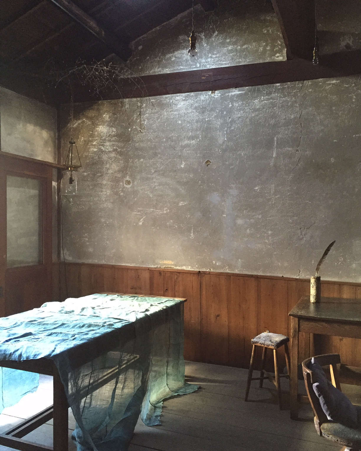 japanese antique indigo linen at stardust boutique cafe in kyoto 15