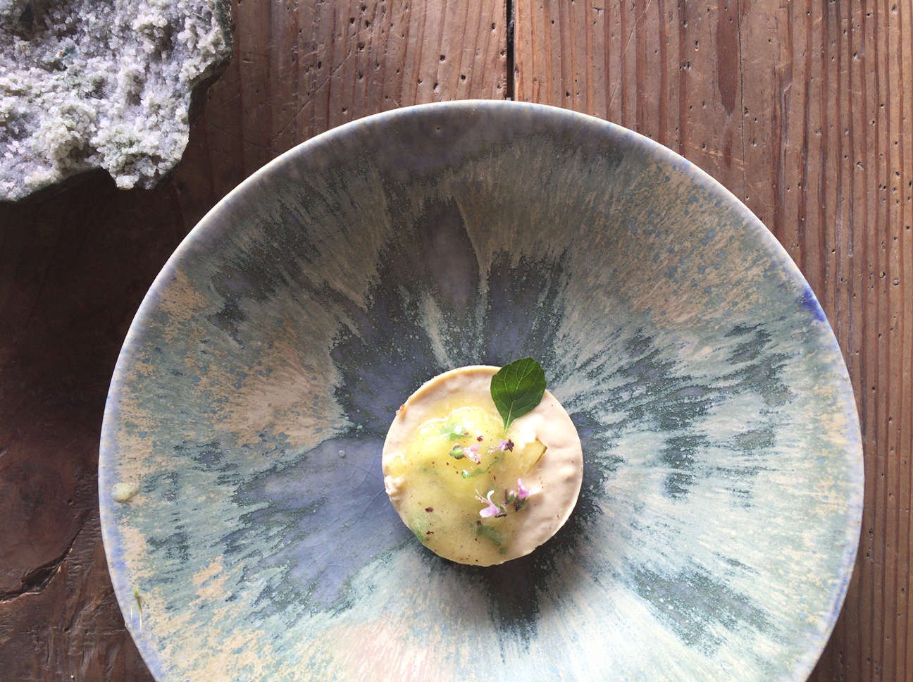 japanese ceramic bowl by shinsaku nakazono at stardust vegetarian cafe in kyoto 16