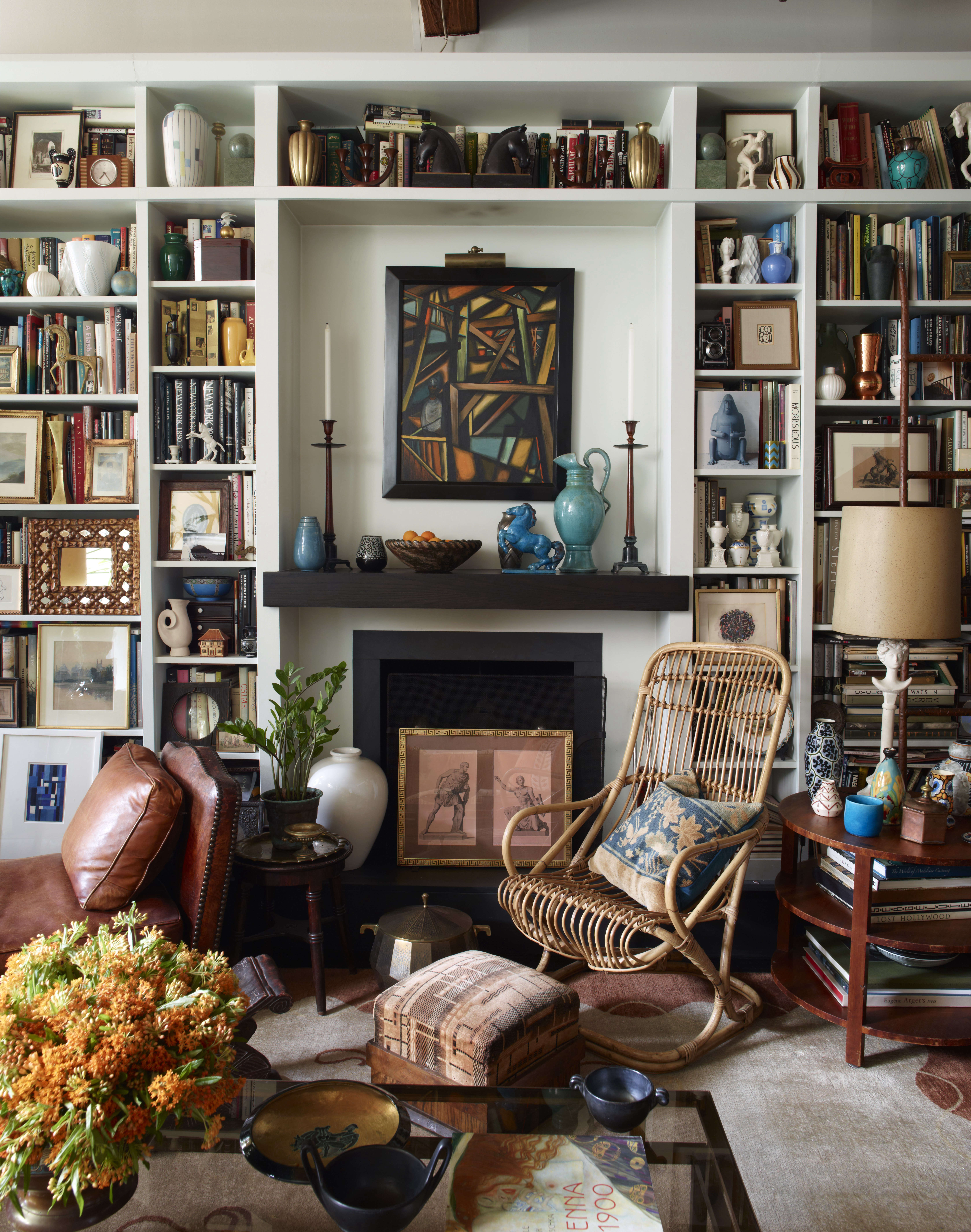 alexandra loew living room artwork books interior design 12