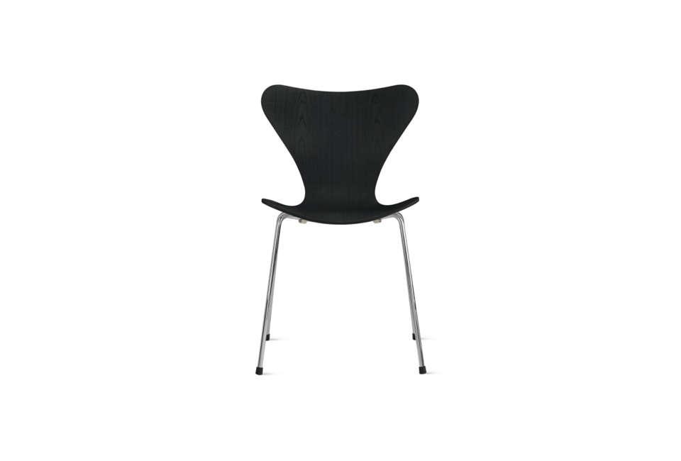 arne jacobsen series 7 chair in black ash 17