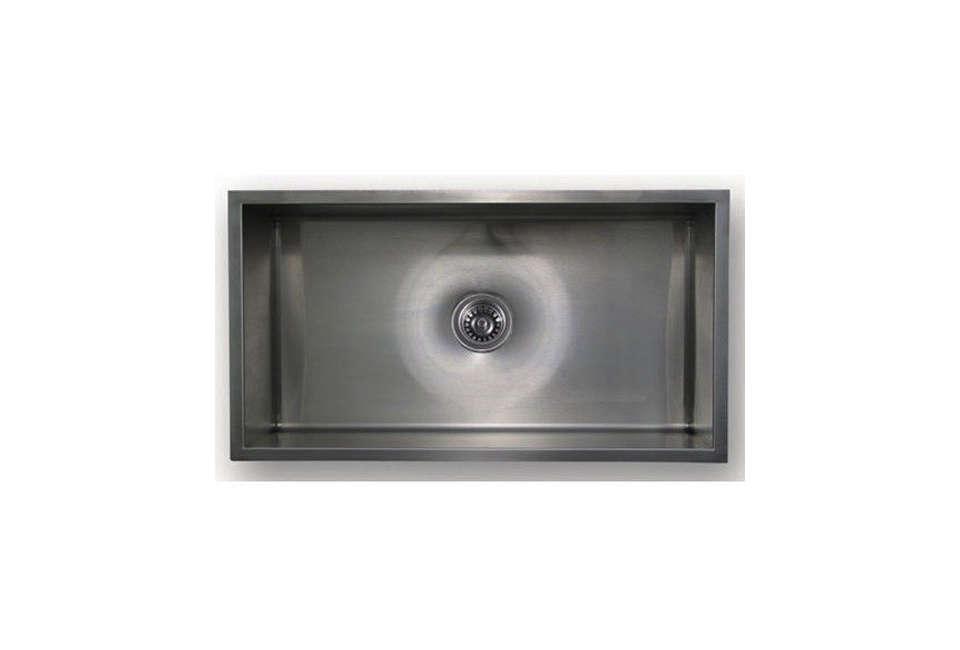 chefhaus brushed stainless steel gauge undermount sink 16
