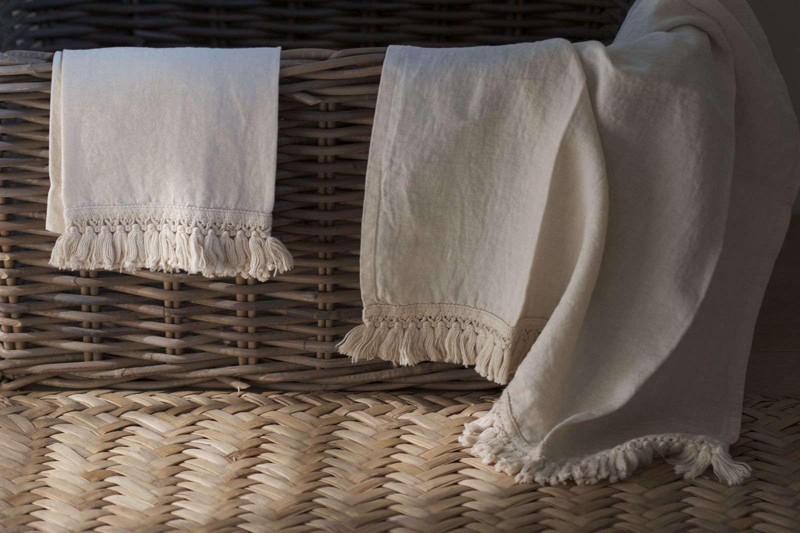 fringed towel set once milano 10